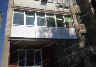 Остекление шестиметровой лоджии от пола до потолка под ключ в Калининграде