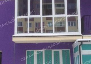 Панорамное остекление балкона пластиковыми рамами